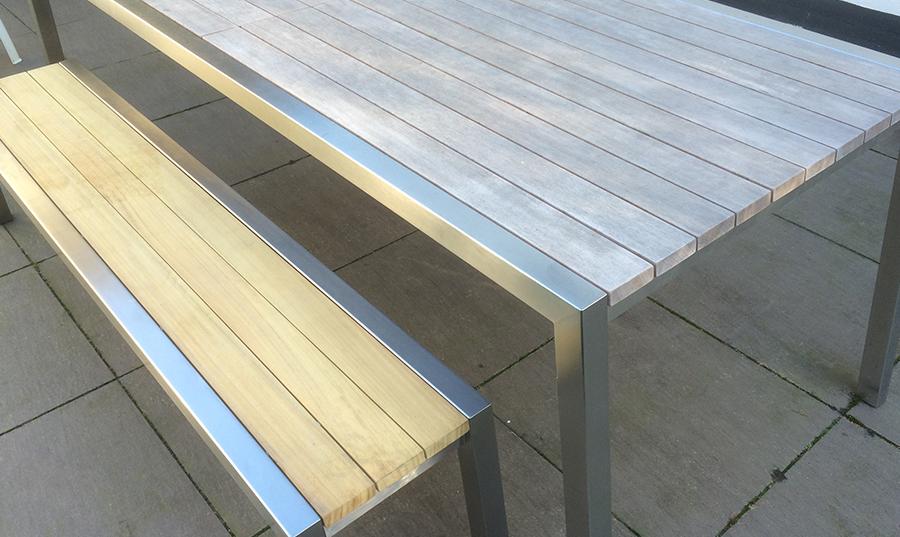 Hebt u interesse in een RVS tafel?