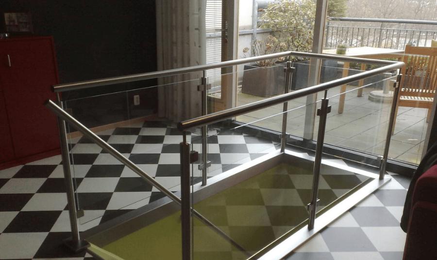 Balustrade met balusters en bovenleuning