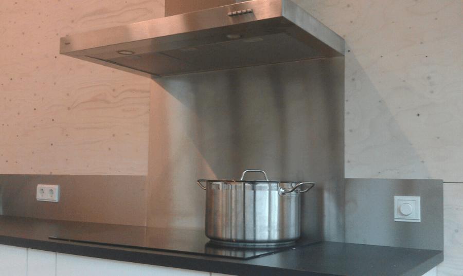Spatrand en achterwand keuken